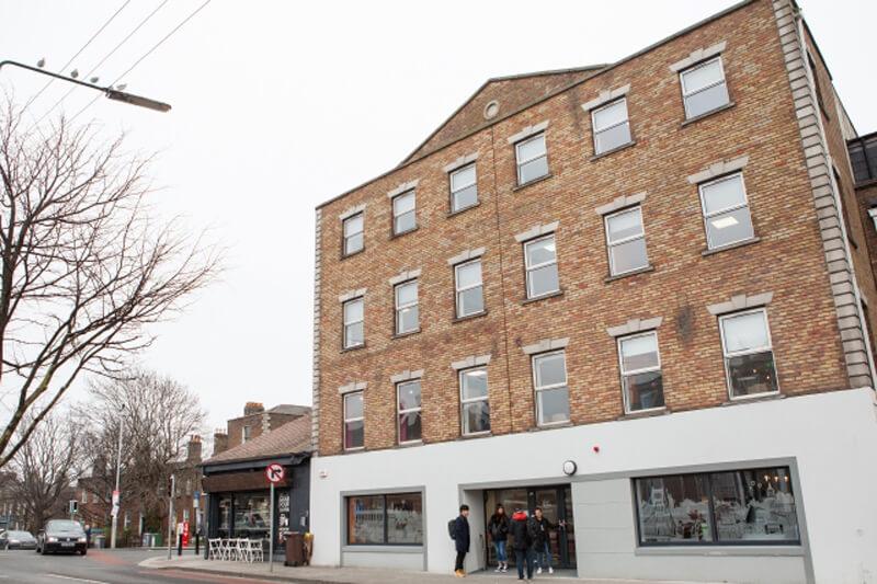 Academia inglés Dublin EC fachada